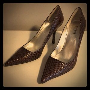 Guess Brown Snake Skin Stiletto Heels Size 10